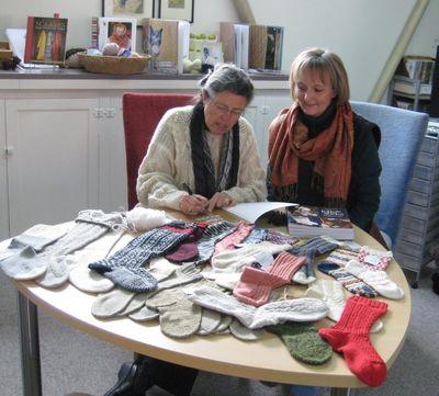 Nancysigningbooks