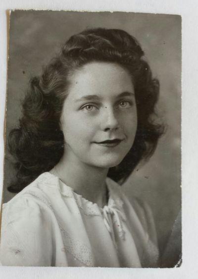 Mom 1947