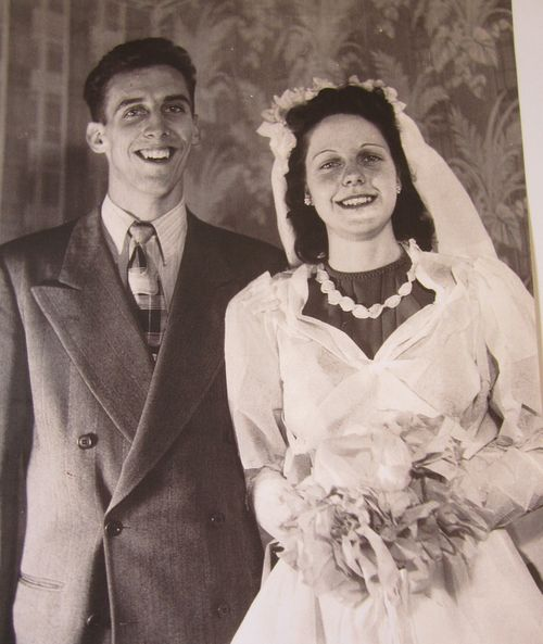 Mom and dad prewedding1949
