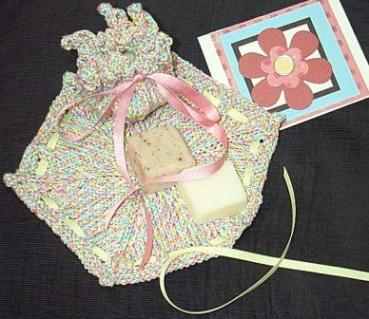 Faceclothsforgiftswithsoapandcard_1