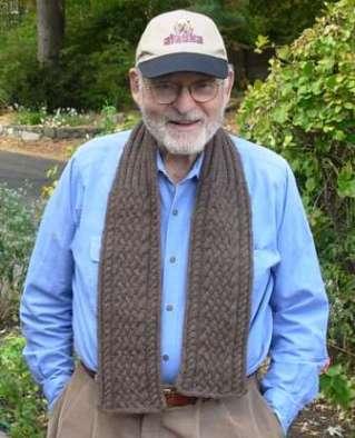 Uncleboblovesthebuffaloscarf