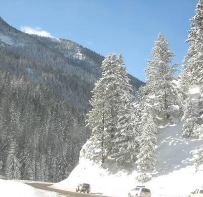 Beautifulsnowydayinthecanyon_2