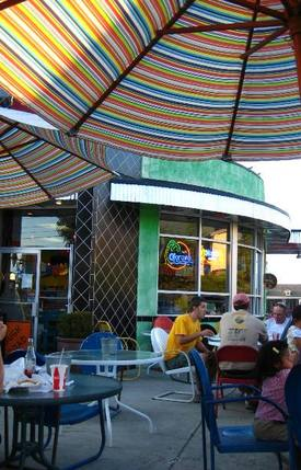 Welovecolorfulmexicanfoodplaces